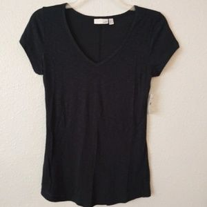 14th& Union Navy V Neck Tee